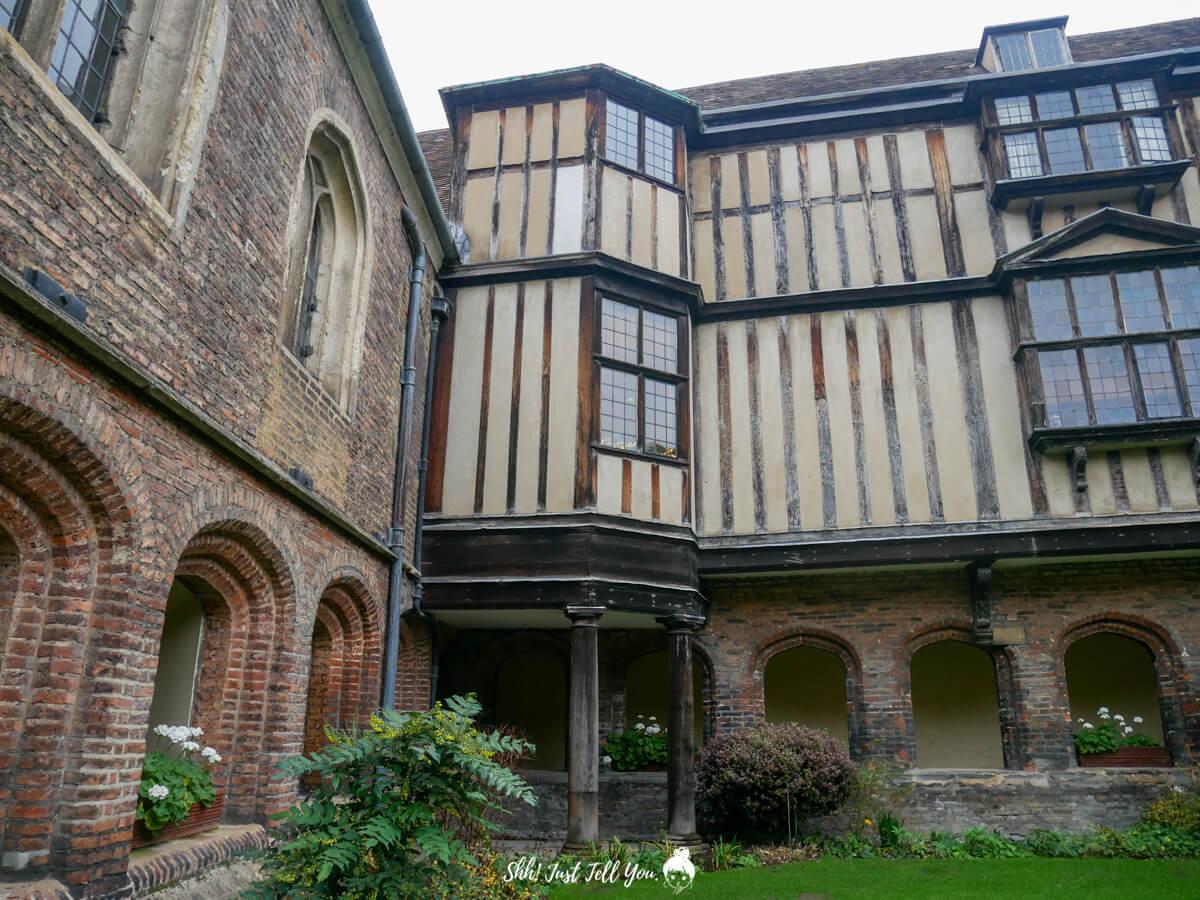 Queens' College in Cambridge劍橋皇后學院