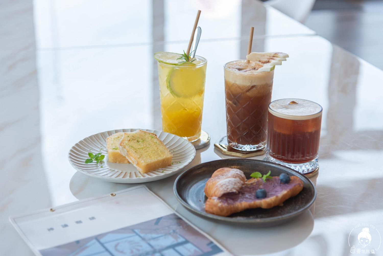 台中、北屯 神諭咖啡,矗立在大坑情人橋旁的玻璃咖啡館
