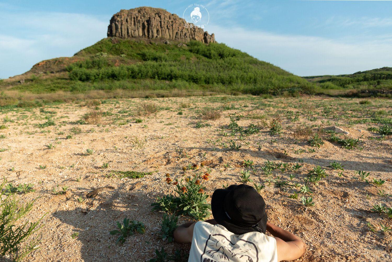 澎湖、西嶼|牛心山,矗立在海邊的玄武岩山頭